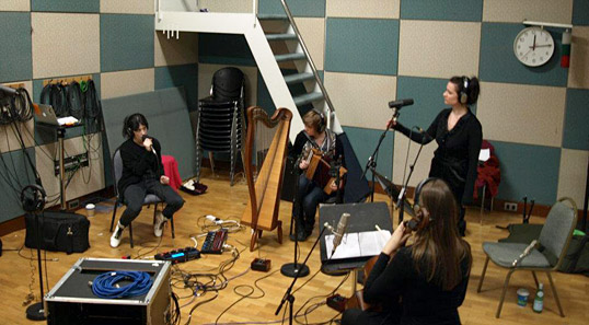 Linda Buckley, in a recording session with Laura Sheeran, RTÉ, Dublin